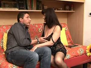 Mature with big tits seduces man and sucks cock