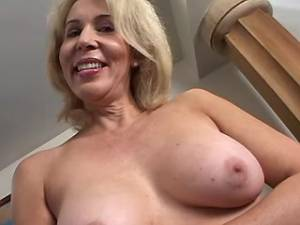 Blonde mature with hairy pussy greedily sucks cock
