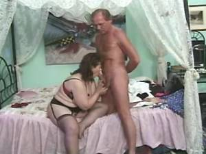 Lewd old lady in stockings licked and sucks cock