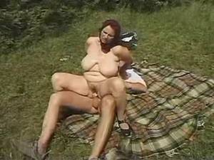 Aged country woman eats hunters cum