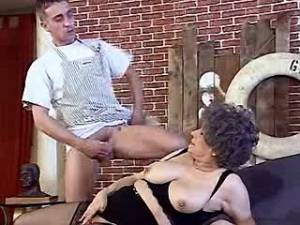 Lustful granny screwed by young guy