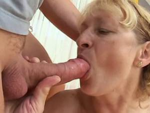 Granny crazy fucked by horny guy in doggy style