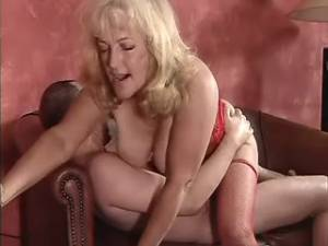 Granny fucked on table and gets cumload in mouth