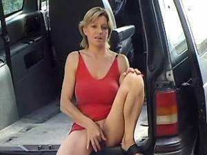 Horny mature greedily sucking hard cock in car