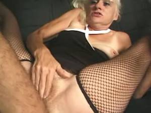 Lewd granny gets tasty cum in mouth after fuck