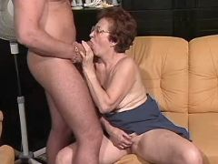 Aged mature sucking dick n fucking