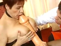 Lusty mature didofucked by dude