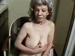 Greyhaired oldie gobbles black dick