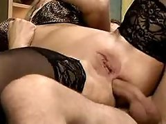 Mom with nice ripe body gets banged
