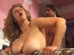 Chubby mature gest cumshot on tits
