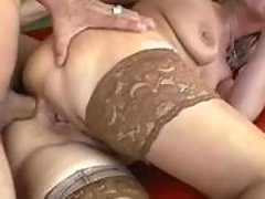 Mature whore knows sense in sex